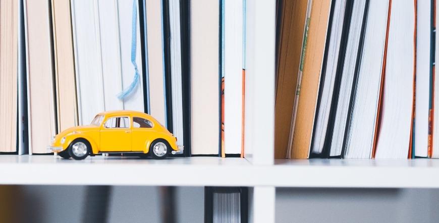 Must Read: 10 cărți cu și despre publicitate