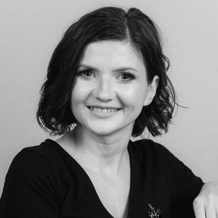 https://zea.ro/wp-content/uploads/2021/04/roxana-marita.jpg